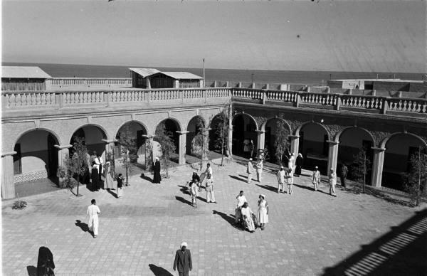 المدرسة-الاحمدية-في-الكويت