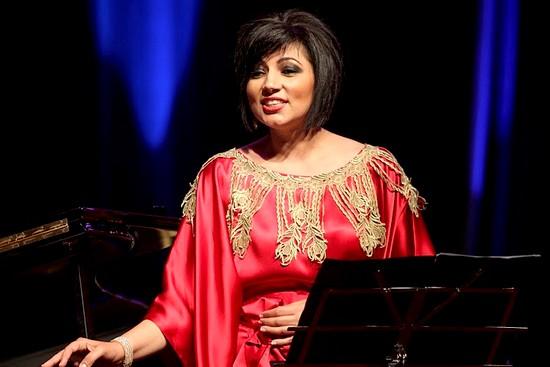 مغنية الأوبرا الكويتية أماني الحجي