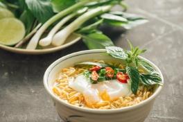 طريقة عمل بلاليط مع البيض المقلي سهلة و لذيذة